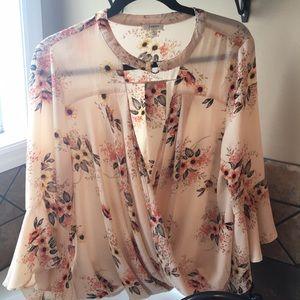 Fall Bell sleeve floral shirt